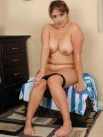 Exotic MILF Jessica Zara from AllOver30 naked in the bathroom
