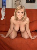 Rachel - Big Tits