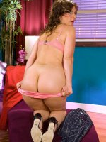 Reality nude young amateur foto