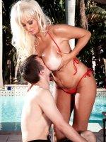 Brittany O'Neil - Big Tits, Blowjob, Cumshot