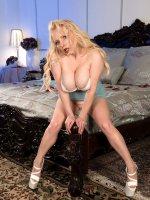 Alana Anderson - Big Tits