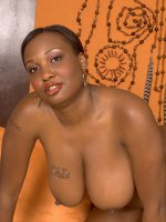 Simone Lee - Big Tits, Natural Boobs