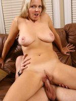 Older blonde shows she can still fuck like the best of them