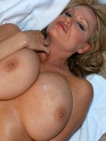 Kelly uses an electric massager to get her hot and heavy before fucking a big cock.
