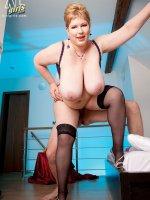 Angellyne Hart - BBW, Blowjob, Cumshot