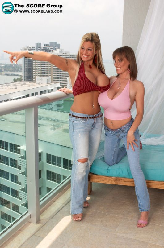 Crystal Gunns And Cindy Cupps Tube 56